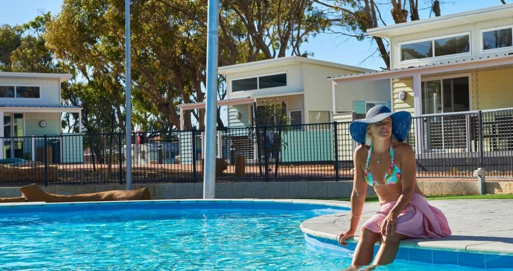 RAC Cervantes Holiday Park Pool Accommodation