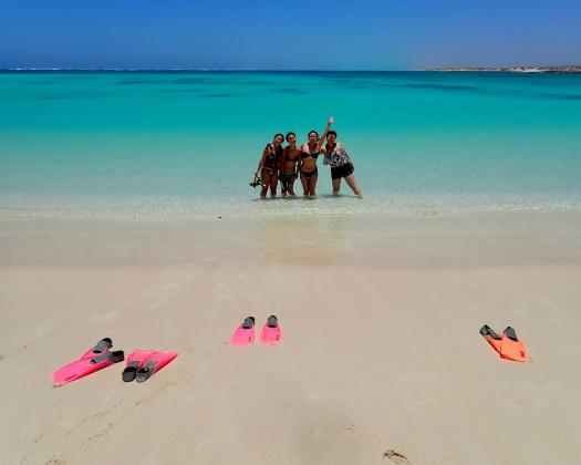 Snorkelling at Turquoise Bay, on tour with Exmouth Adventure Co, Western Australia